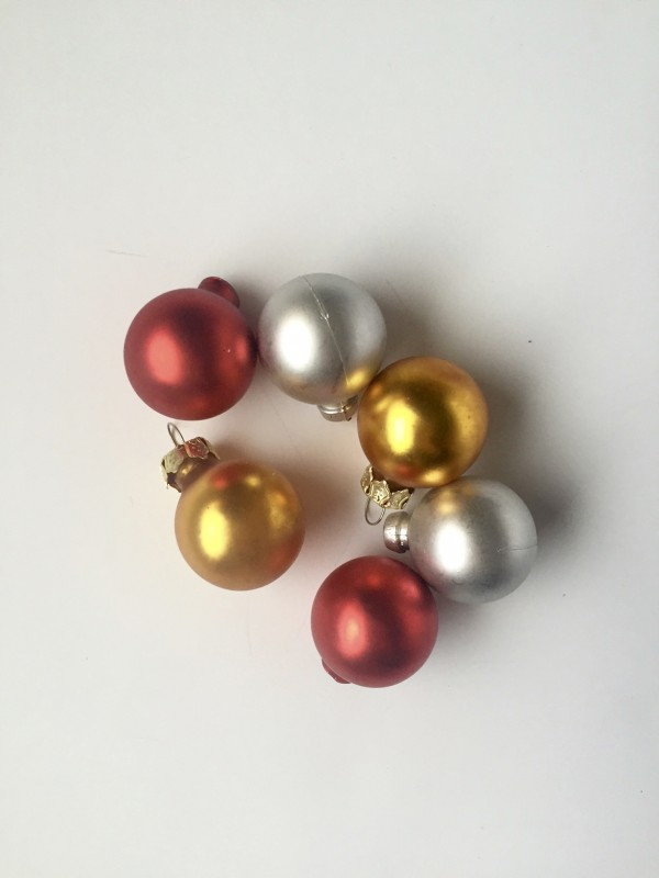 DIY Christmas Ornament Earrings | Greta Hollar