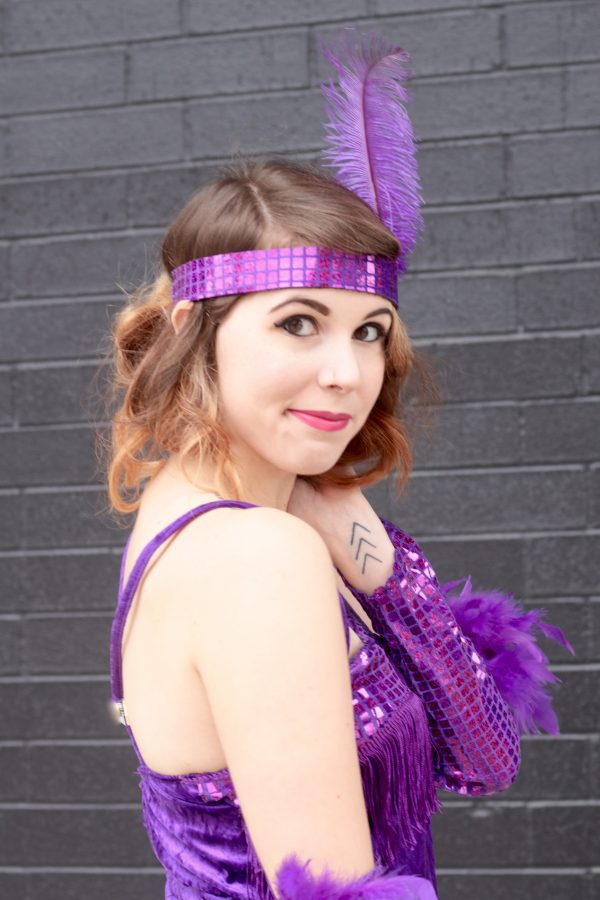 How to Get Flapper Hair for Halloween | Greta Hollar - How to Get Flapper Hair for Halloween by Nashville style blogger Greta Hollar