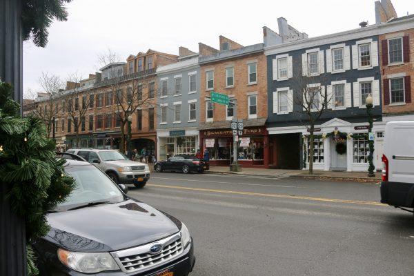 A Dickens Christmas in Skaneateles, NY | Greta Hollar - A Dickens Christmas in Skaneateles, NY by popular Nashville blogger Greta Hollar