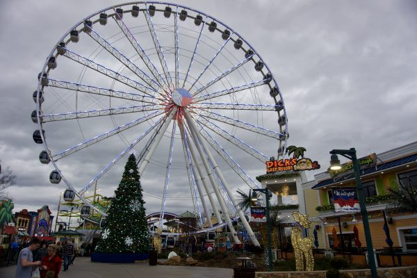 Pigeon Forge TN featured by top US travel blogger Greta Hollar
