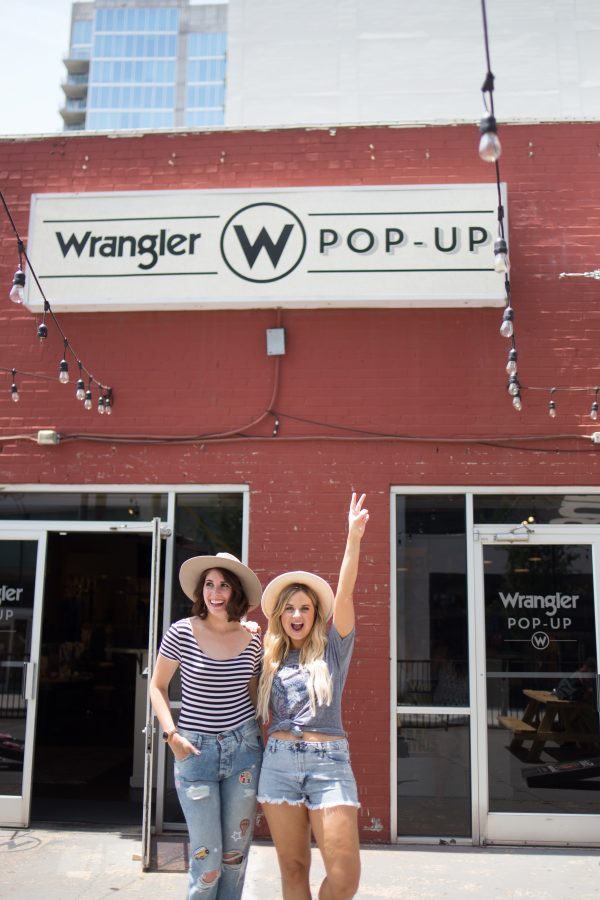 A Newbie's Guide to CMA Fest featured by popular Nashville blogger, Greta Hollar