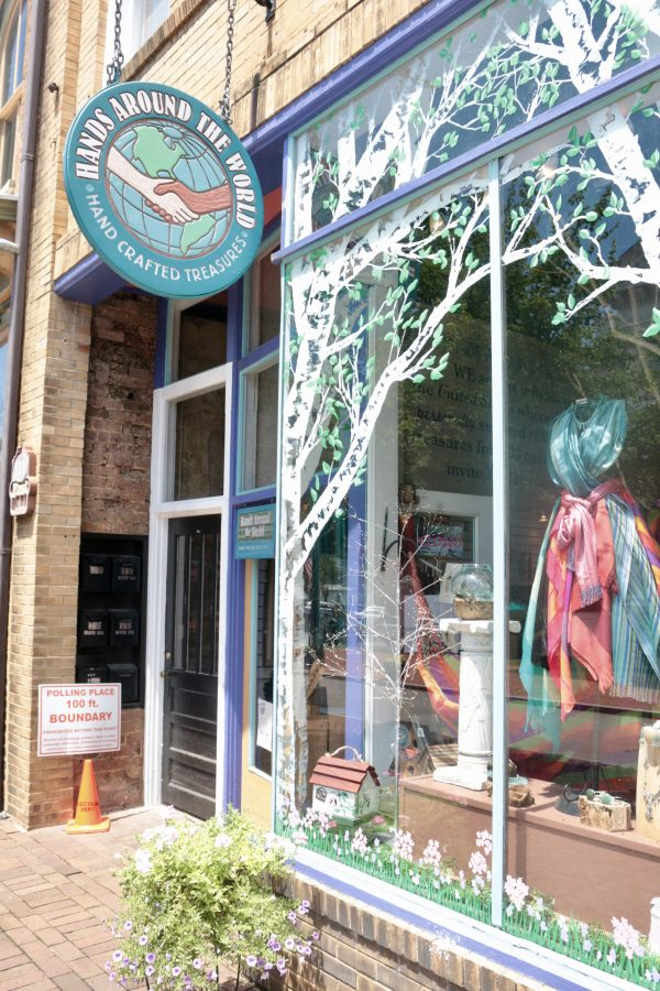 A Romantic Weekend in Historic Jonesborough, TN featured by popular Nashville travel blogger Greta Hollar