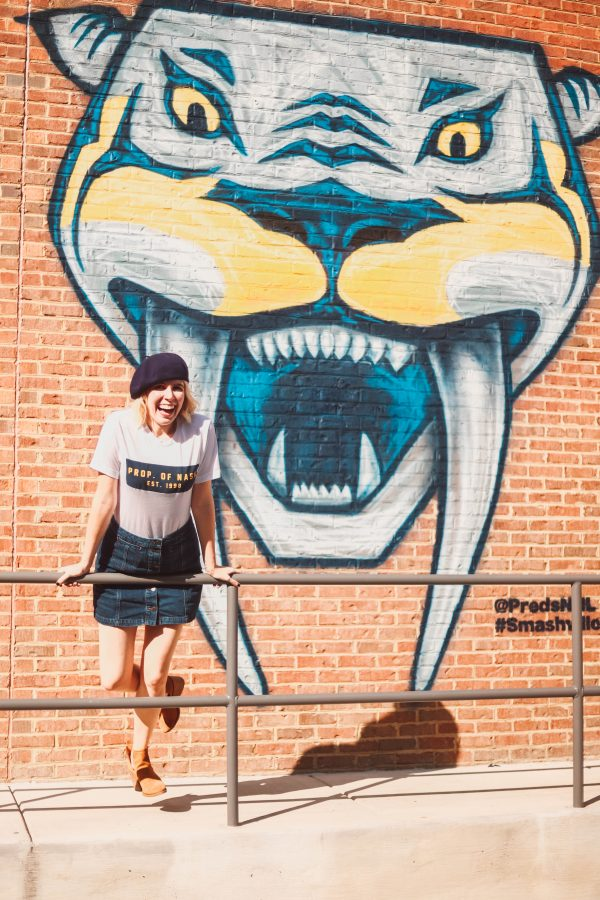 Hockey | Fashion | 4 Outfits to Wear to a Nashville Predators Game featured by top Nashville fashion blog Greta Hollar