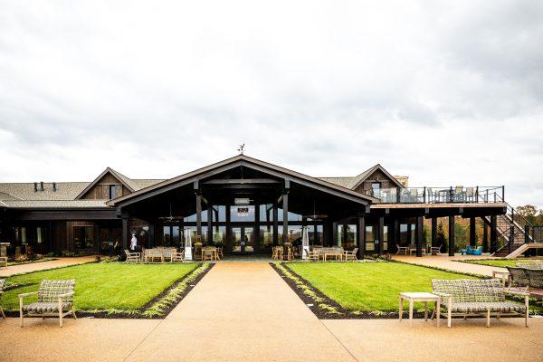 5 of My Favorite Wineries in Charlottesville, VA | Greta Hollar| Wineries in Charlottesville featured by top Nashville travel blogger, Greta Hollar: Mount Ida Farm