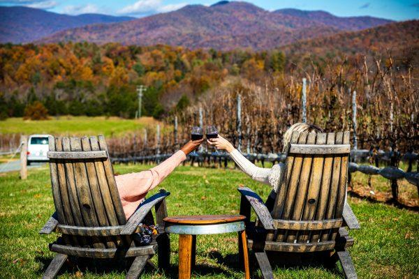 5 of My Favorite Wineries in Charlottesville, VA | Greta Hollar| Wineries in Charlottesville featured by top Nashville travel blogger, Greta Hollar: Stinson Vineyards