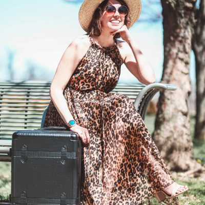 Traveling in Style - 7 of My Favorite Travel Items | Greta Hollar