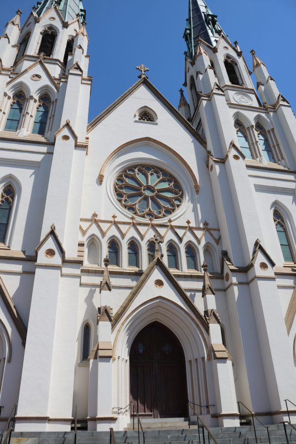 Savannah Travel Guide | Greta Hollar | The Ultimate Savannah Travel Guide by popular Nashville lifestyle blogger, Greta Hollar: image of Cathedral of St. John the Baptist.