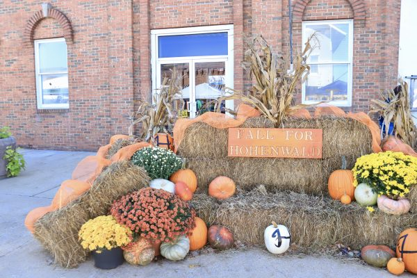 A Couples Getaway to Hohenwald, TN | Greta Hollar | A Couples Getaway to Hohenwald, TN | Greta Hollar | A Couples Getaway: Things to do in Hohenwald TN by popular Nashville travel blogger, Greta Hollar: image of the Oktober heritage festival.