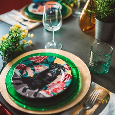 Beautiful and Colorful Spring Tablescape Ideas | Greta Hollar