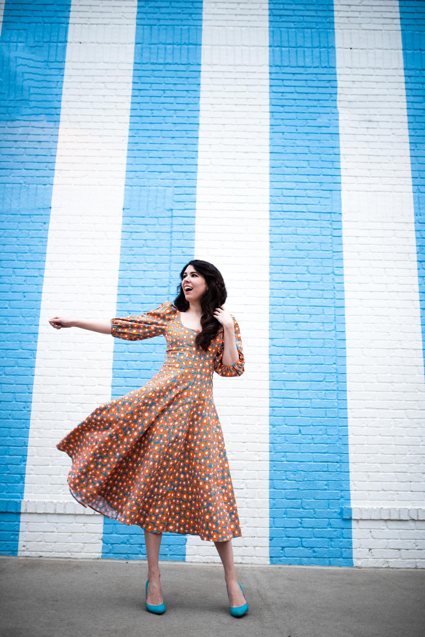 What to Wear in Nashville by popular Nashville tall fashion blogger, Greta Hollar: image of Greta Hollar wearing a  printed sundress.