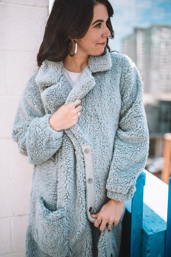 Fall Fashion: How to Style your Free People Teddy Coat in the Fall | Greta Hollar