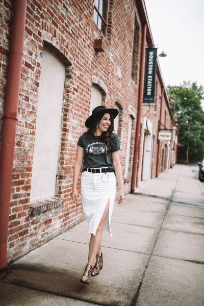 5 Tips to Wear White Clothing All Year Long | Greta Hollar