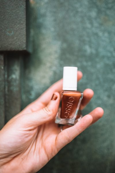 Festive Fall Manicures | Greta Hollar
