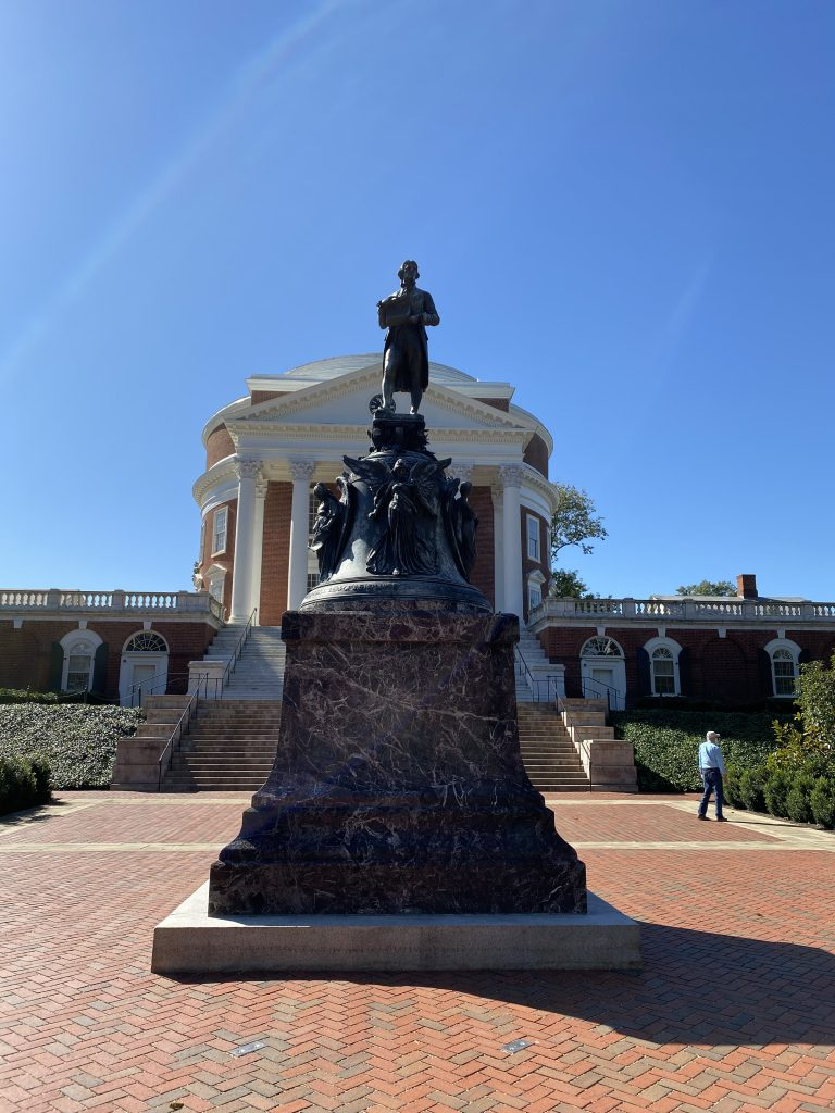 Mother-Daughter Getaway: 5 Top Things to Do in Charlottesville, VA | Greta Hollar