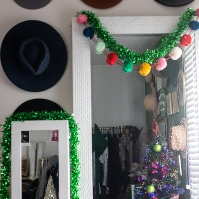 5 Reasons to Purchase Festive Office Holiday Decor this Season | Greta Hollar