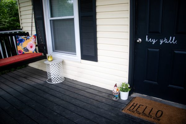 Spring Porch Decor Ideas   Greta Hollar