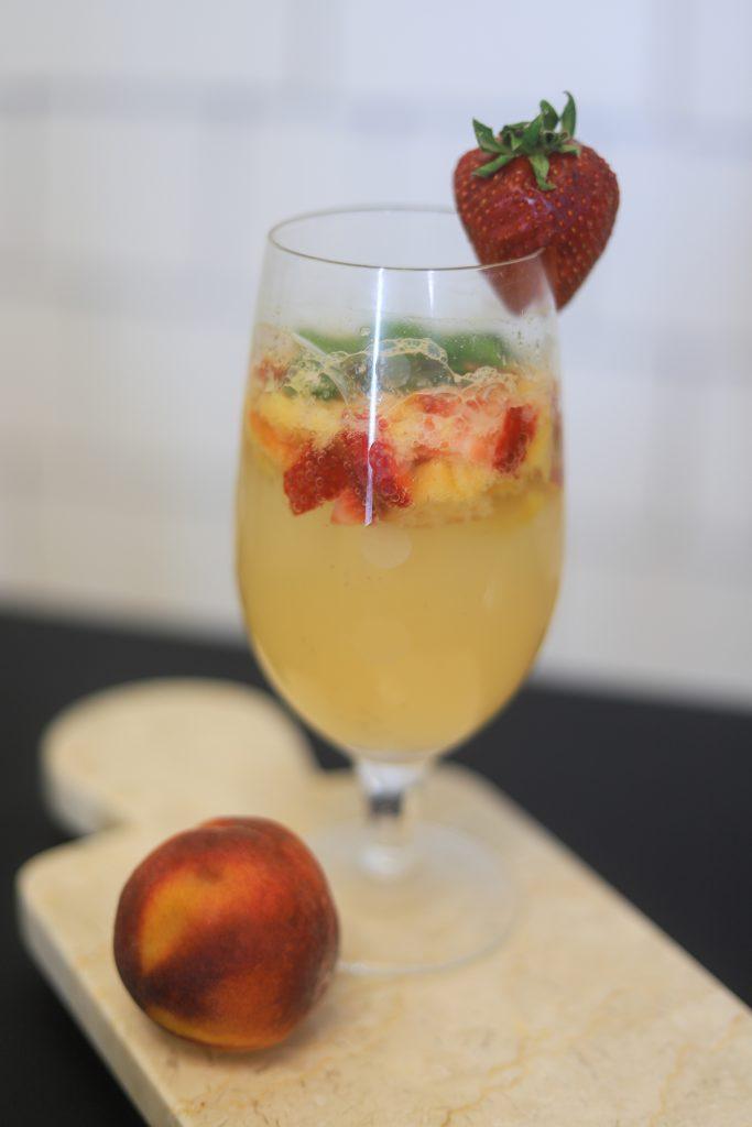 Summer Cocktail: Strawberry Peach Mojito   Greta Hollar